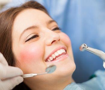 Conoce todo sobre la limpieza dental con ultrasonidos