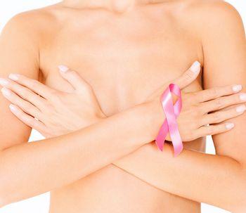 Mamografía con prótesis, todo lo que debes saber