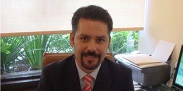 """""""Testimonios, esenciales para practicar nuevos procedimientos"""", Dr. Ramírez Ledesma"""