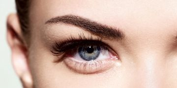 Rellena tu ceja con microinjertos