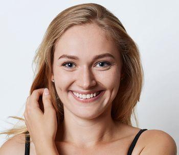 Buccinoplastia, la cirugía de los hoyitos de la cara