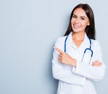 ¿Por qué el cirujano no me dice el precio antes de mi cita?