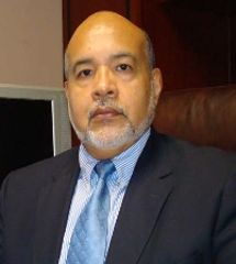 Dr.Daniel Sauza