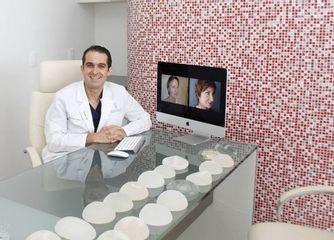 Dr. Rafael Arenas