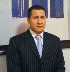 Dr. Simón Servin