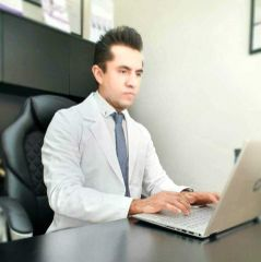 Dr. Raúl - Unidad de Medicina Estética de Querétaro
