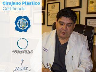 Dr. Humberto García Romo - Cirujano Plástico Certificado